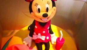 Minnie Mouse Birthday Cake Beach Holiday