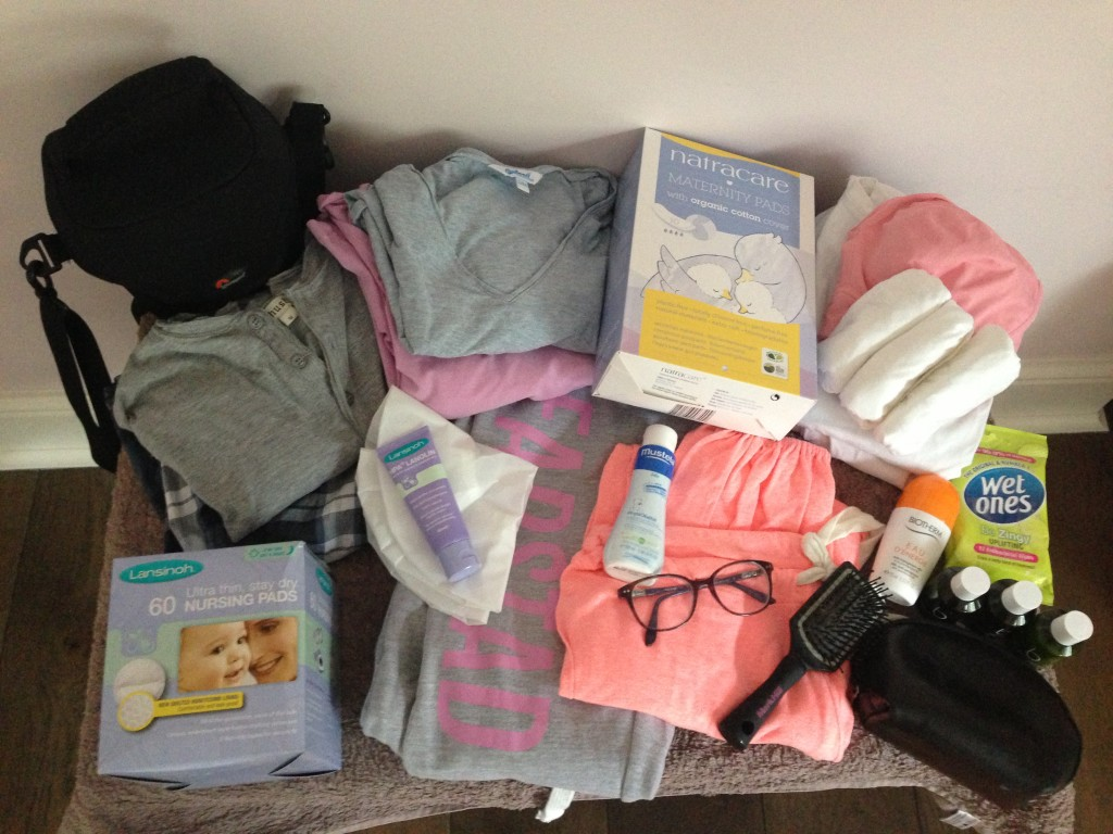 5 Top Tips For Packing The Hospital Bag For Mum Mummy In