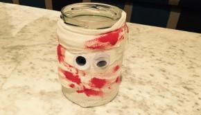 DIY Mummy Jar Lantern Halloween