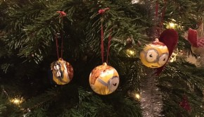 Christmas tree Minions baubles