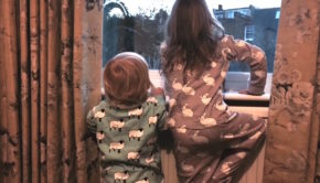 ava-and-luc-pyjama-bedtime