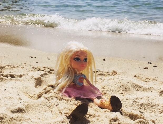 bratz-sand-beach