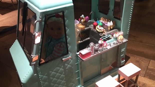 our-generation-sweet-stop-ice-cream-truck-dolls