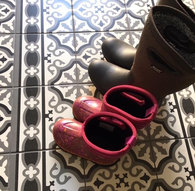 BOGS boots kids women