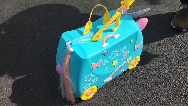 Una the Unicorn Trunki suitcase