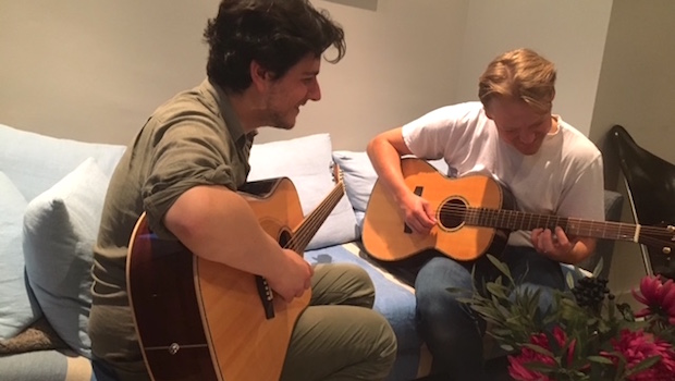 Laurent Shinar Guitar Tuition Thomas