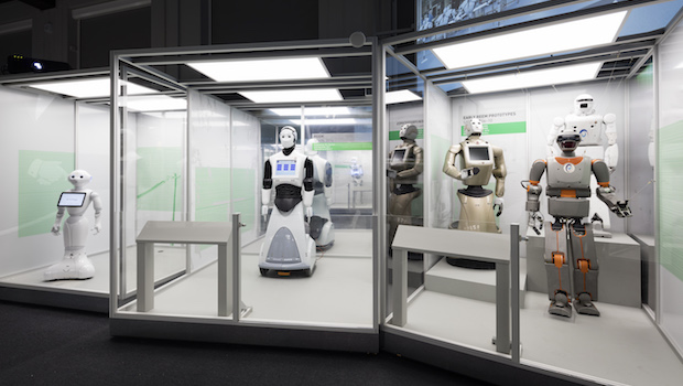 View of Pepper and REEM robots ∏ Plastiques Photography, courtesy of the Science Museum
