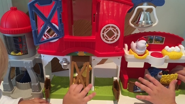 Fisher Price Little People Caring For Animals Farm Mummy In The City
